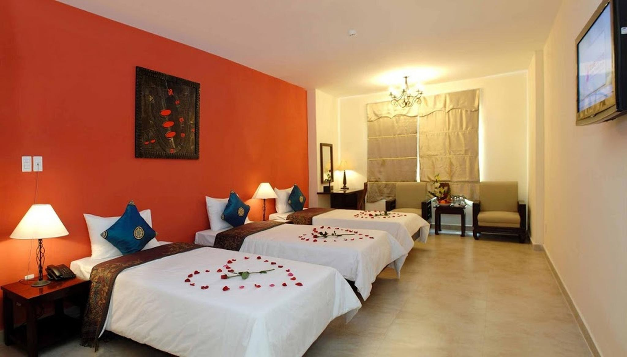 single sofa bed gold coast full sleeper dimensions hotel in da nang room deals photos and reviews