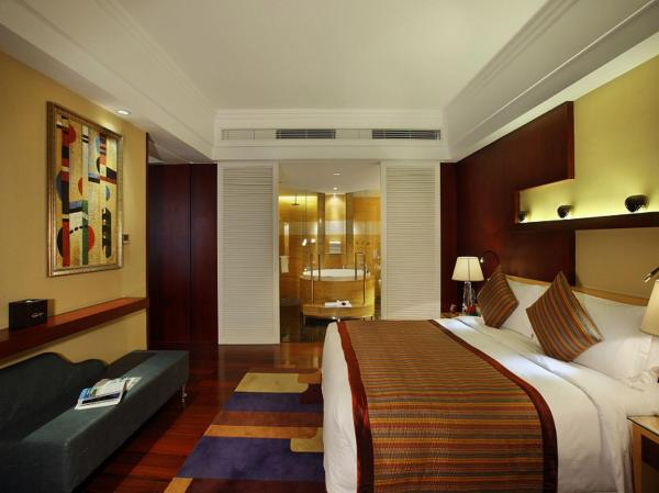 Zhuhai Charming Holiday Hotel in China Room Deals