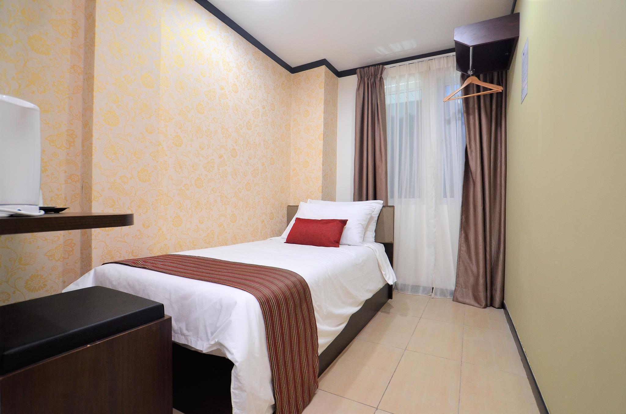 One Enigma Hotel Chowkit Putra Wtc Kuala Lumpur Mulai