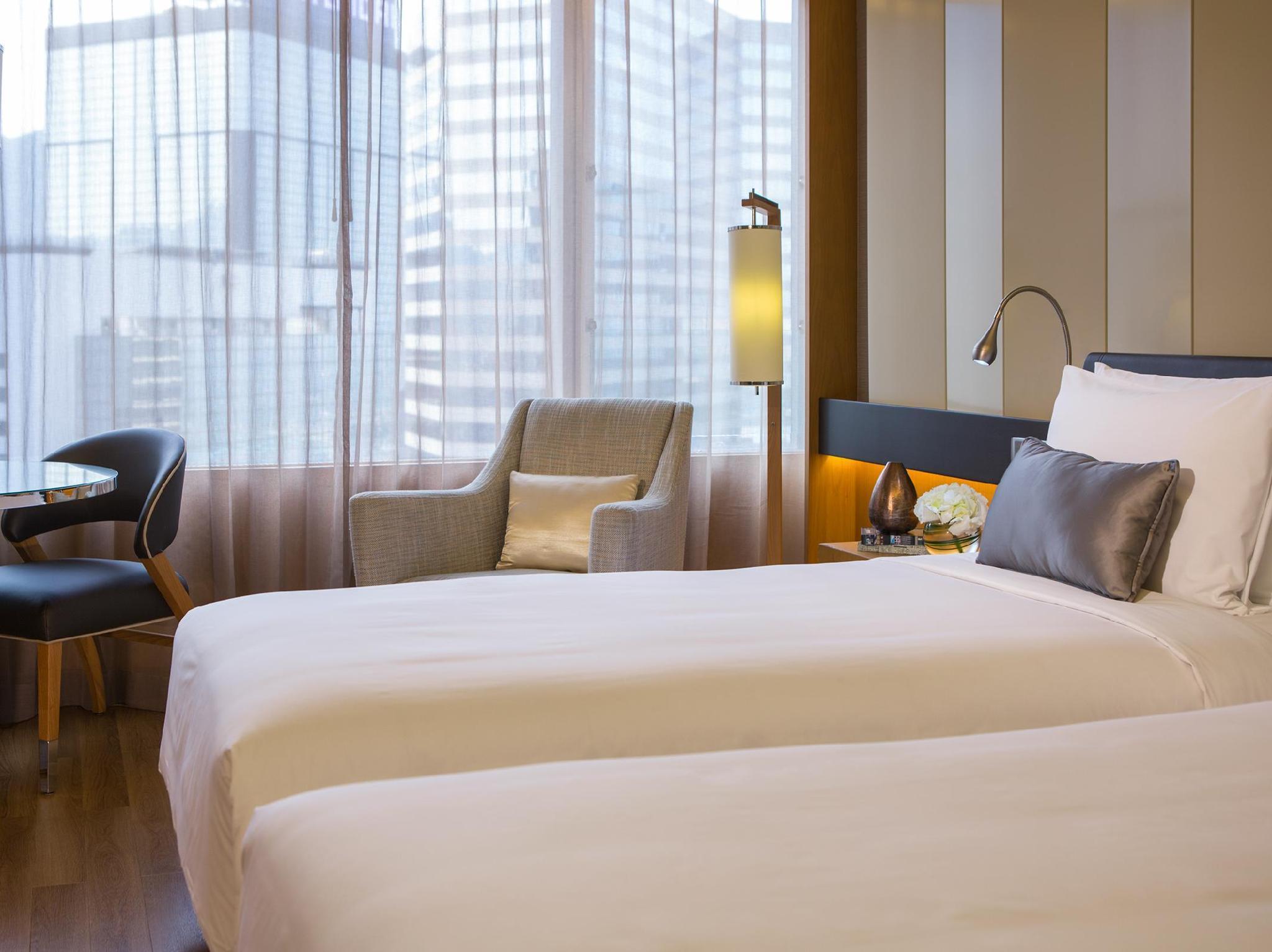 香港香港萬麗海景酒店 (Renaissance Hong Kong Harbour View Hotel) - Agoda 提供行程前一刻網上即時優惠價格訂房服務