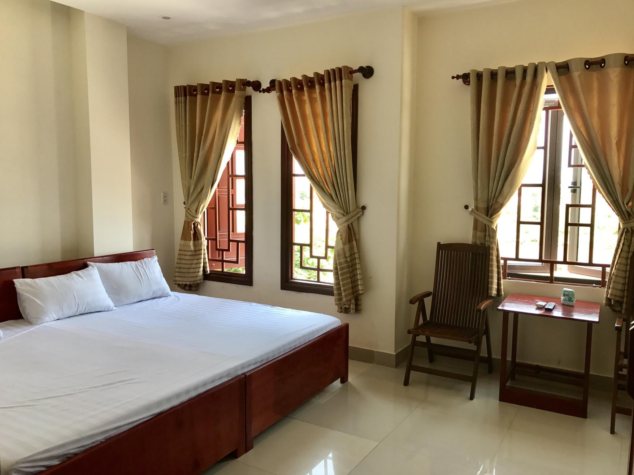 Phuong Hong Hotel In Da Nang Room Deals Photos Reviews