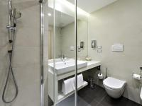 Best Price on Hilton Garden Inn Venice Mestre in Venice