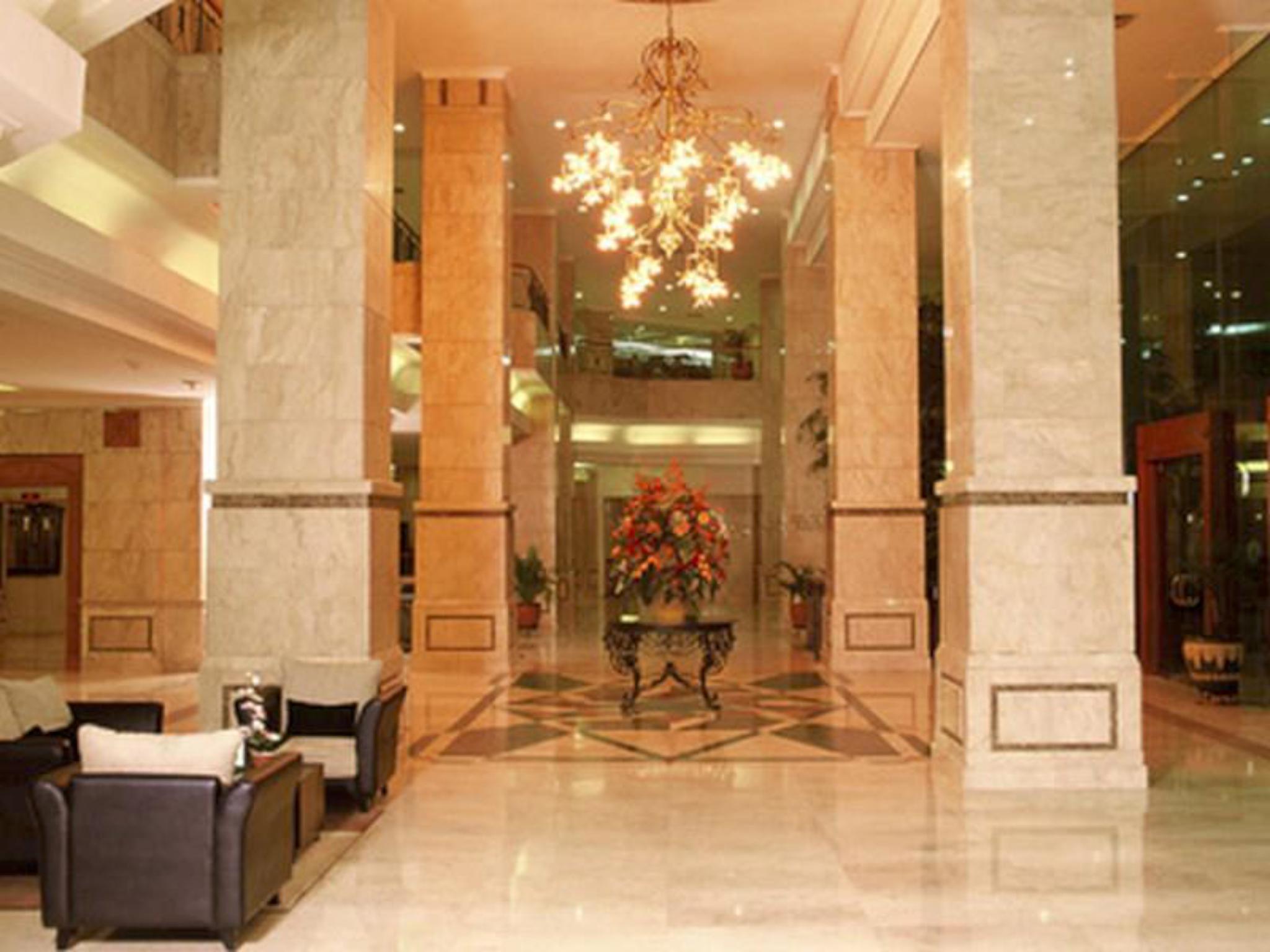 Grand Cempaka Business Hotel In Jakarta Room Deals