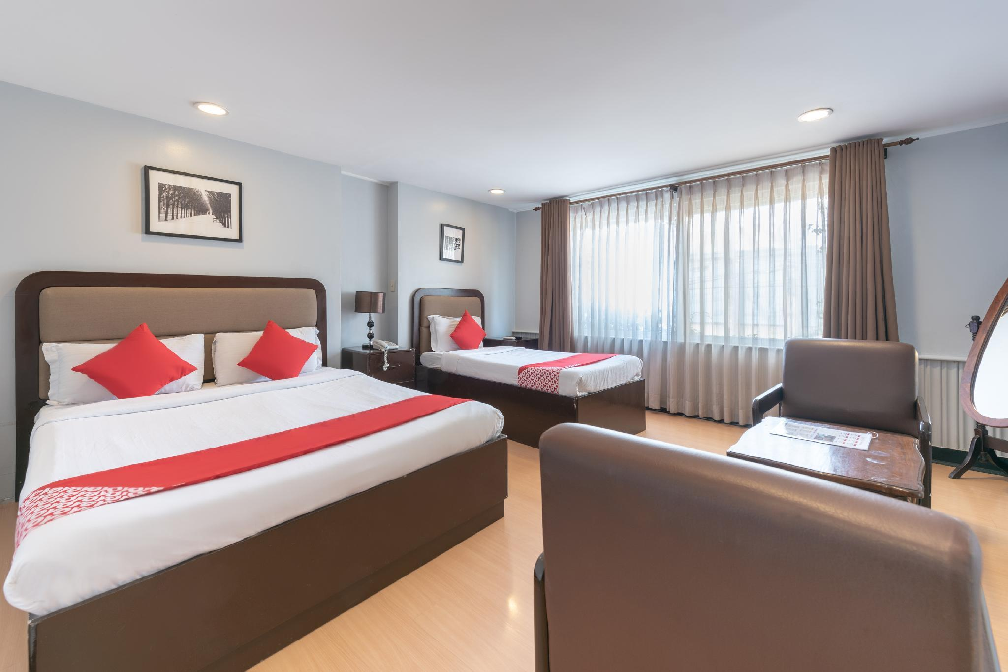 Oyo 209 The Oasis Paco Park Hotel In Manila Room Deals