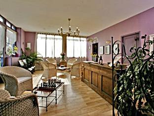 Logis Hotel Lafayette Rochefort France In France Room