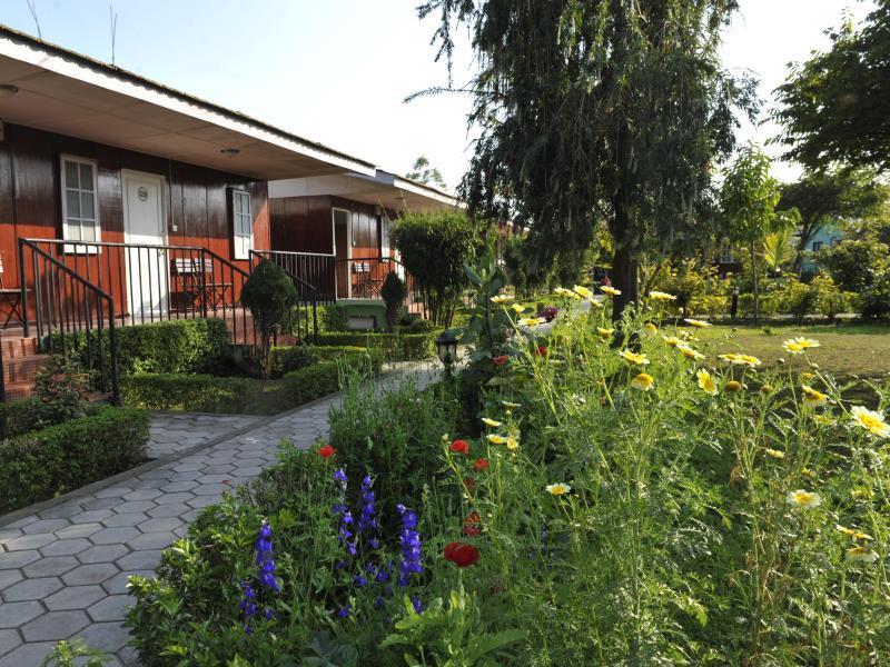 Best Price On Jungle Nepal Resort In Chitwan Reviews