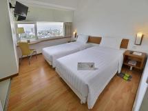 Whiz Hotel Pemuda Semarang - Promo Harga Terbaik