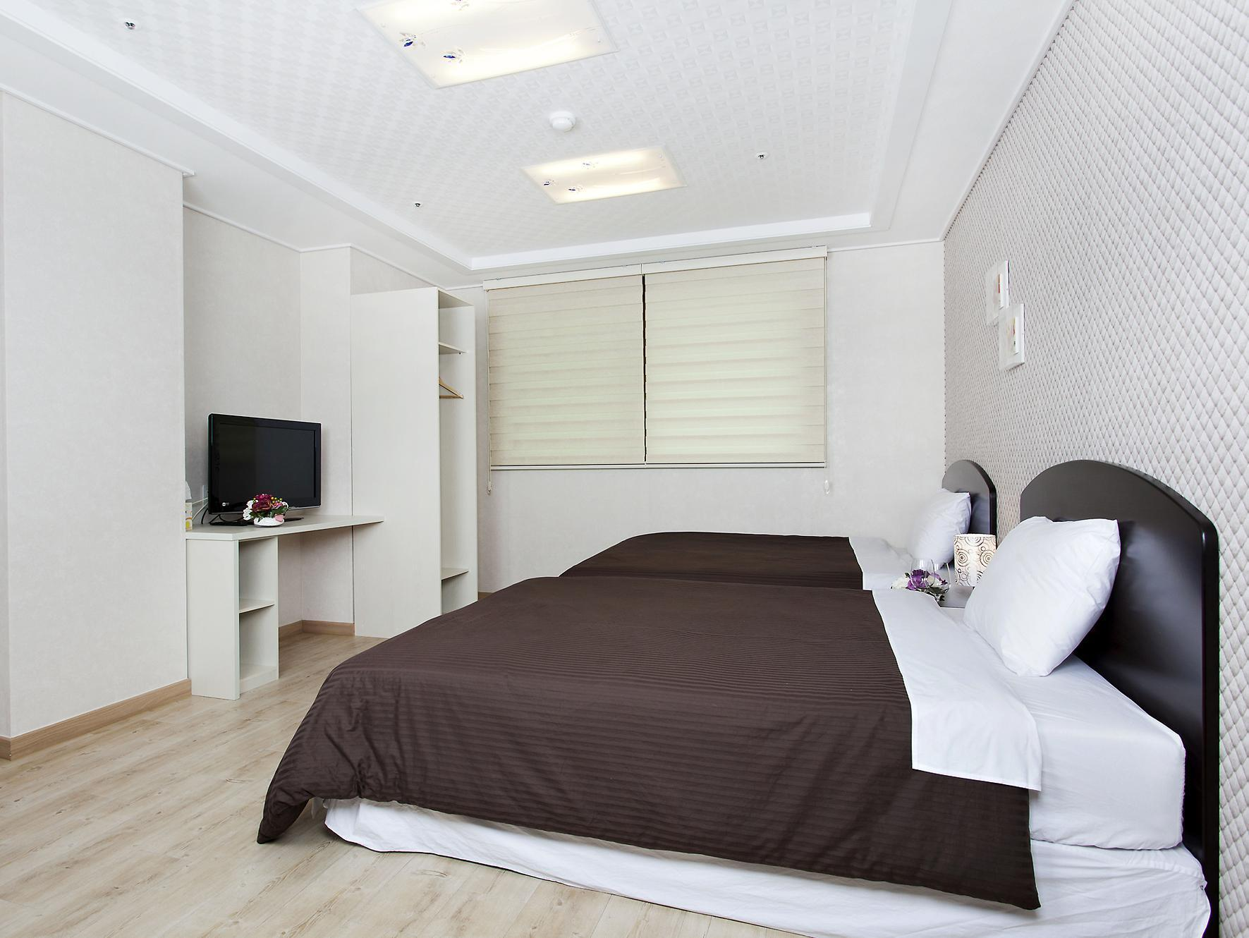 cloud 9 serviced residence serviced