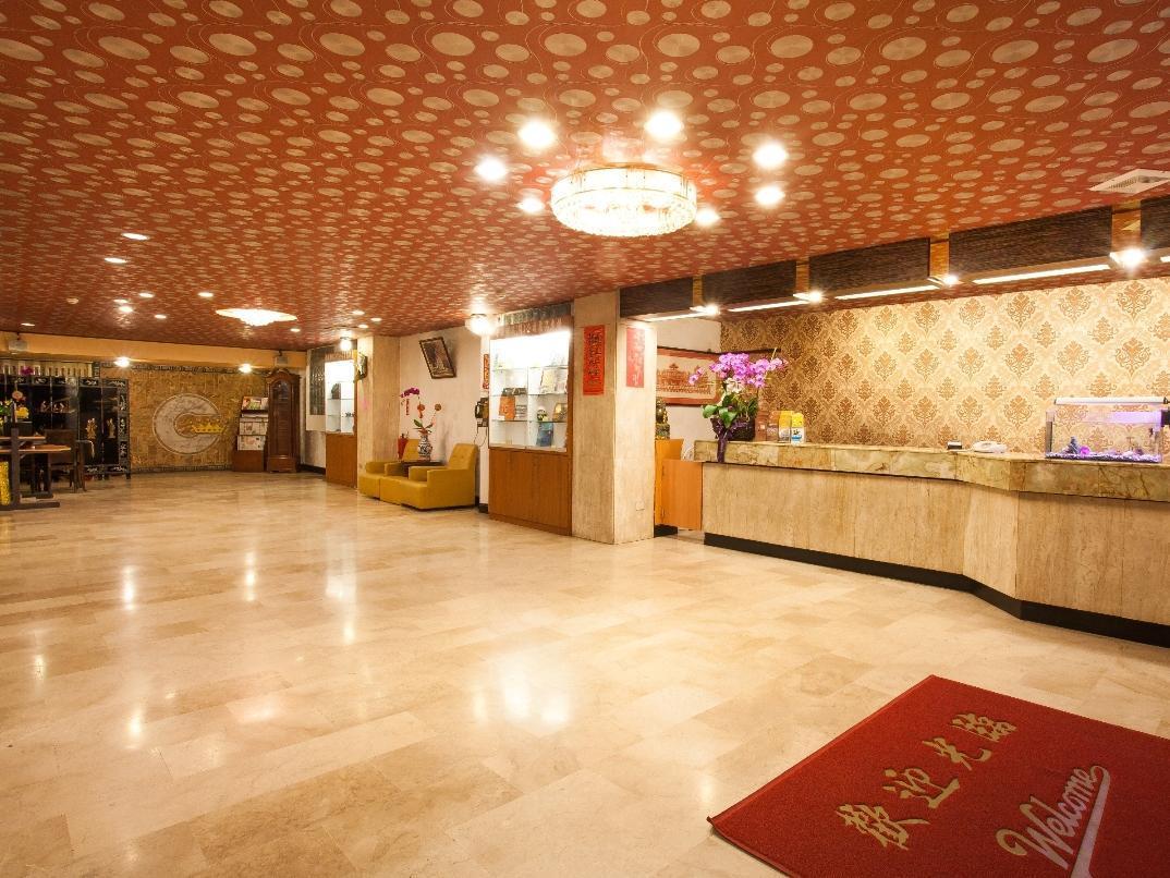 Chiayi Crown Hotel (Pet-friendly)   嘉義縣 2020年 最新優惠 │ 點進來看照片和評論~