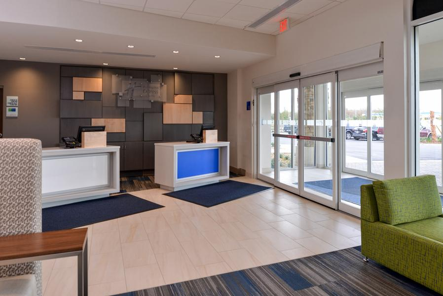 Book Holiday Inn Express Suites Alachua Gainesville Area