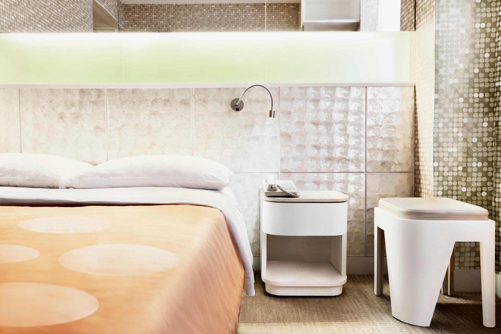 香港 香港海景絲麗酒店 (Silka Seaview Hotel)   Agoda推介住宿