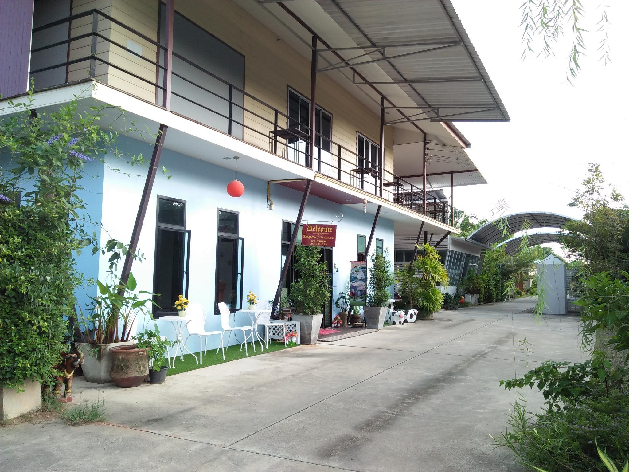 Banana Place Chumphon Resort In Thailand Room Deals