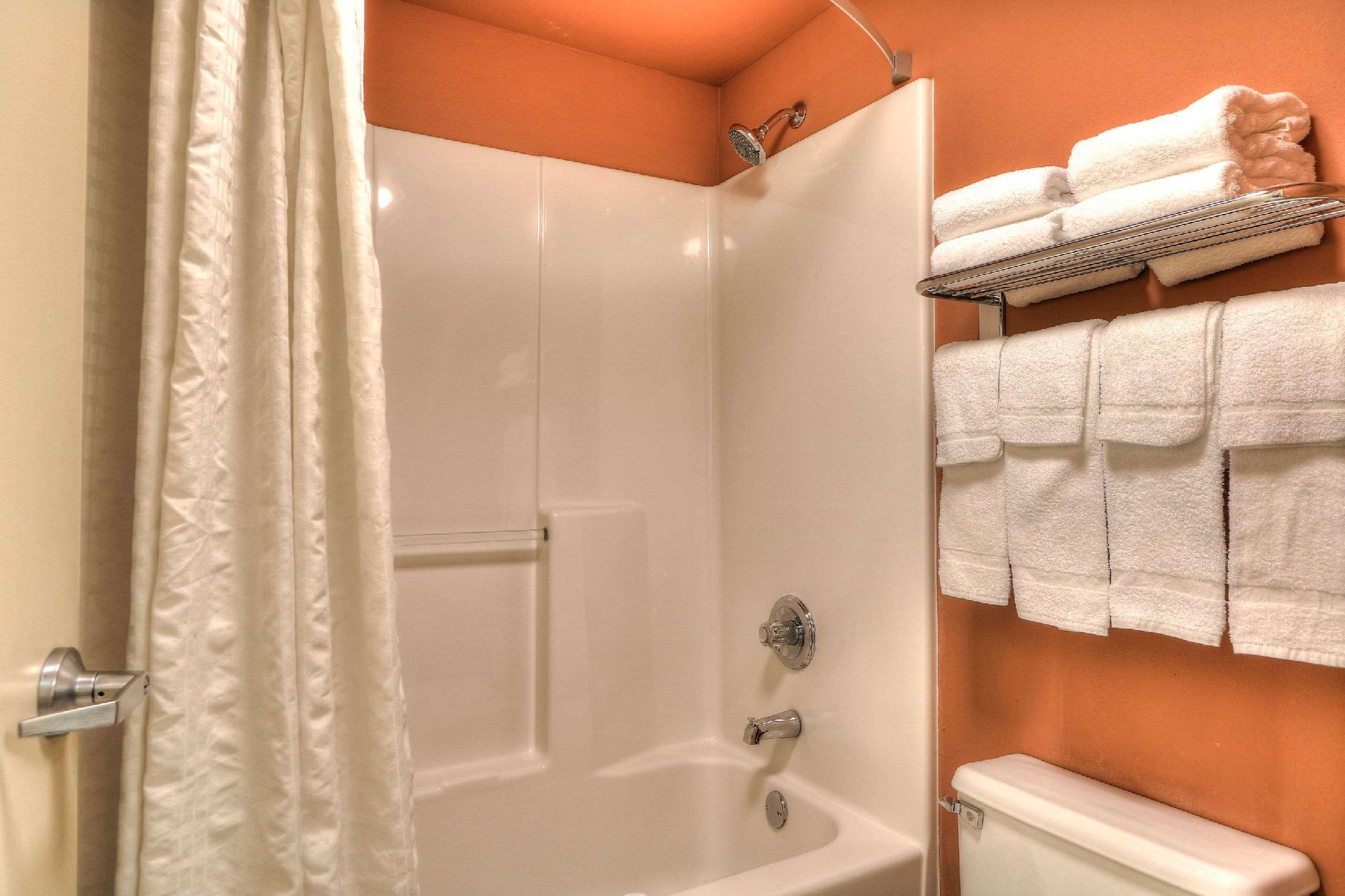 Best Price On Econo Lodge Riverside Pigeon Forge In Pigeon