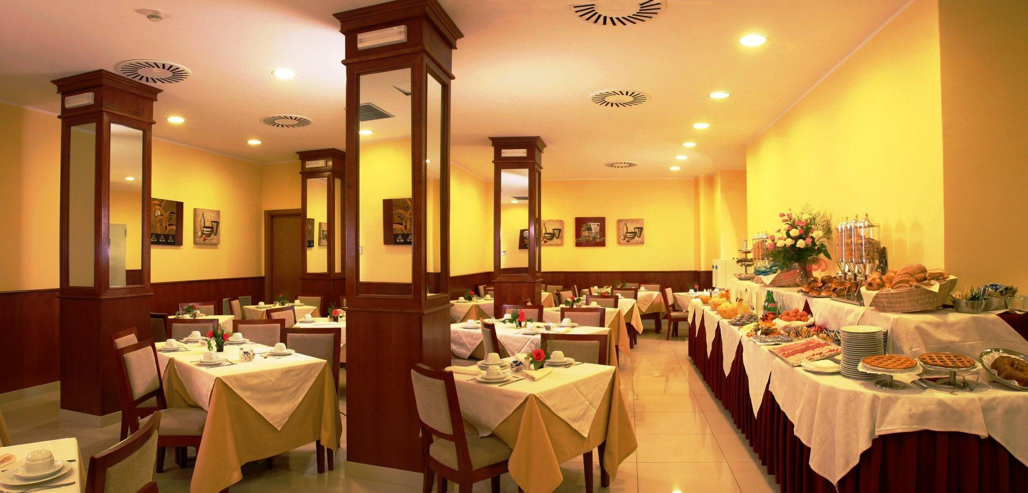 Augusta Lucilla Palace Hotel In Rome Room Deals Photos