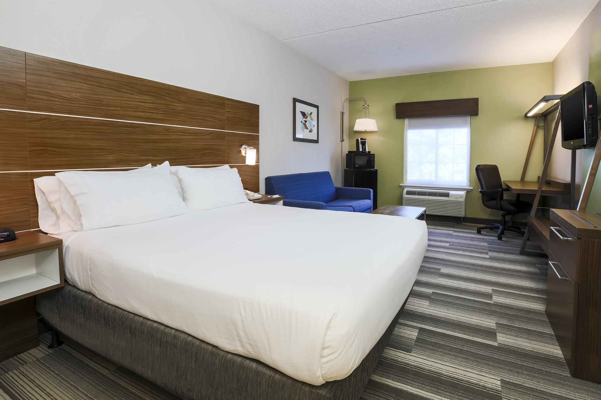 Holiday Inn Express Philadelphia Ne Langhorne In Fairless