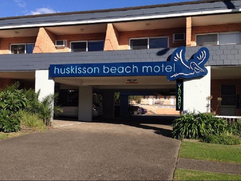 Huskisson Beach Motel In Jervis Bay Room Deals Photos