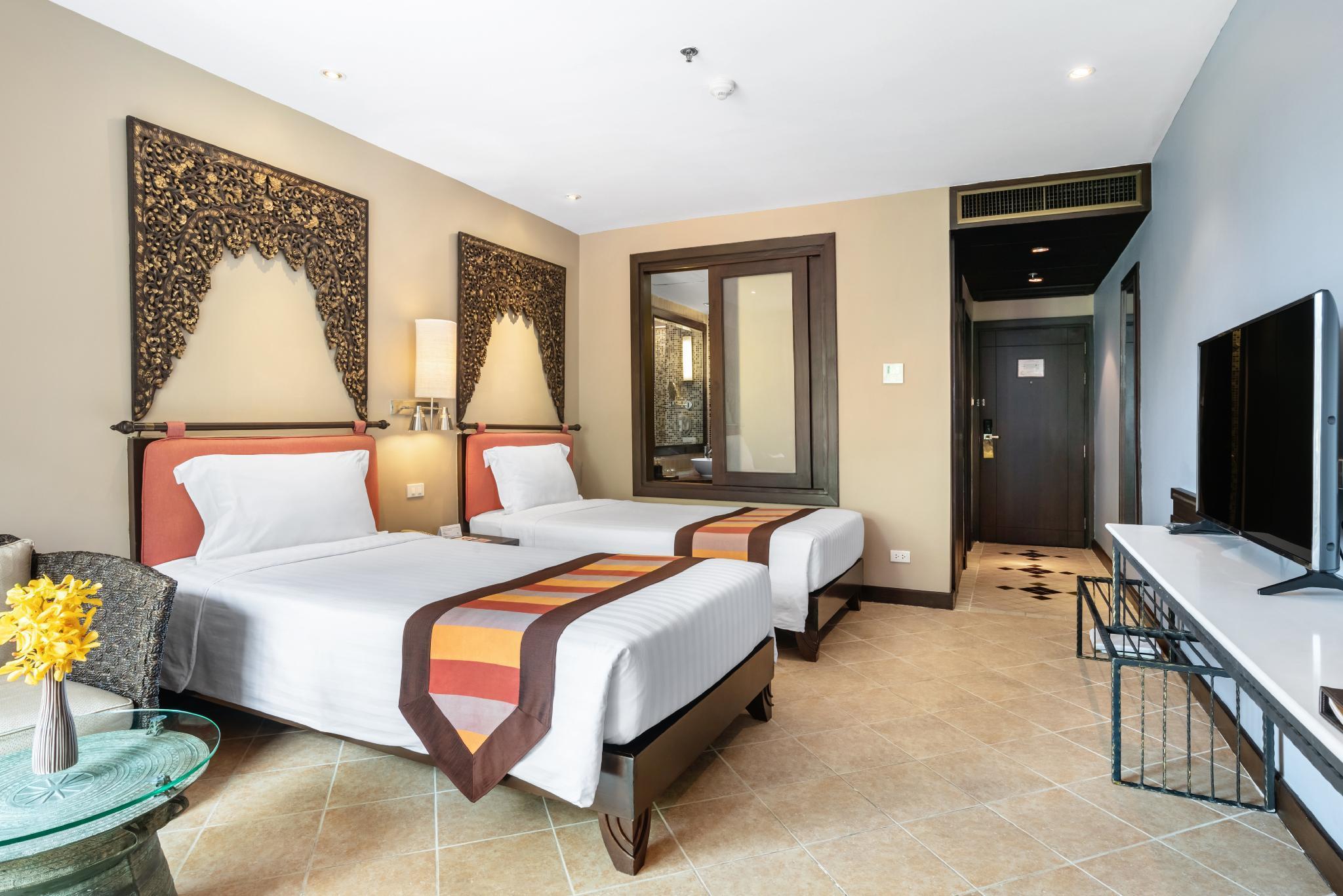 Garden Cliff Resort Spa In Pattaya Room Deals Photos