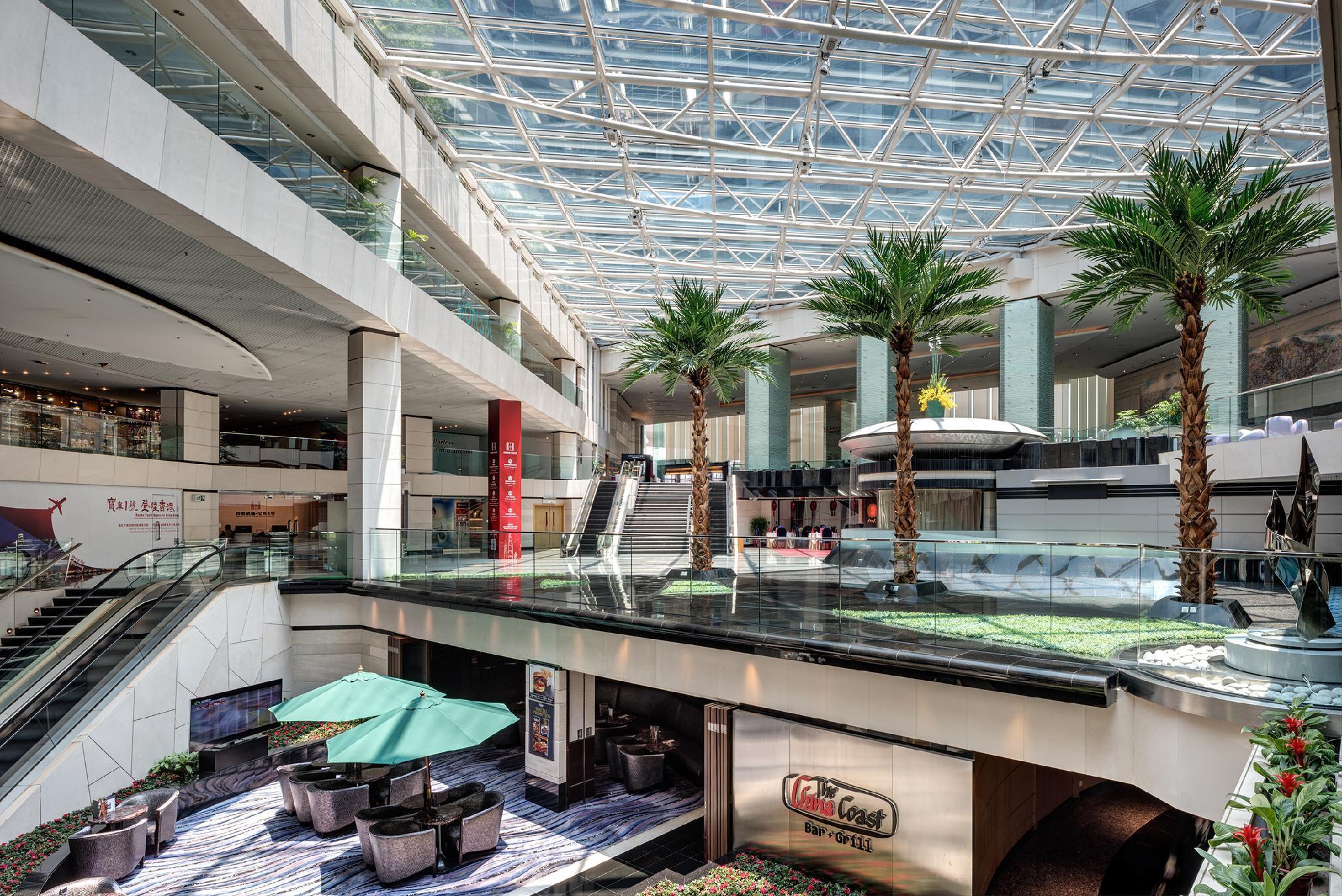 Regal Airport Hotel Hong Kong  Boek een aanbieding op