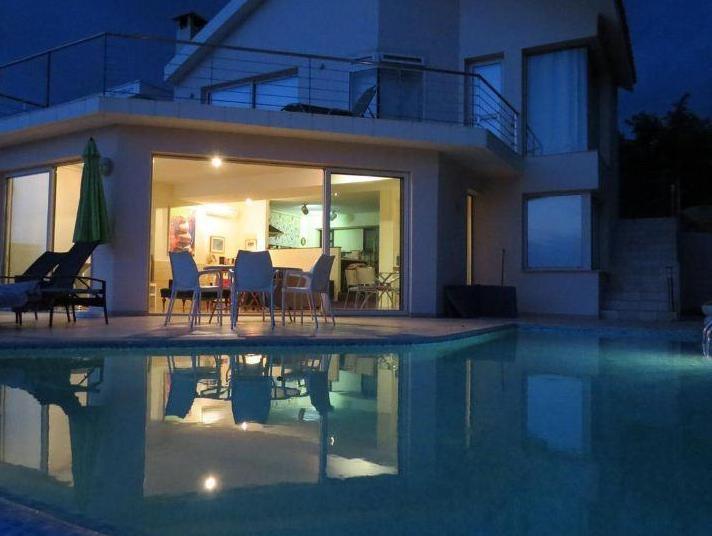 Villa Paradiso Entire Villa Pomos Deals Photos Reviews