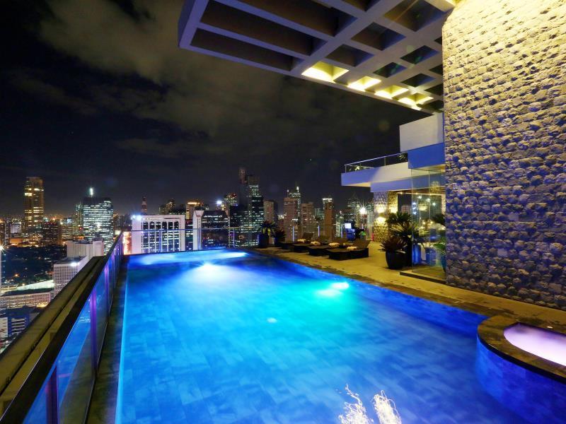 City Garden Grand Hotel in Manila  Room Deals Photos