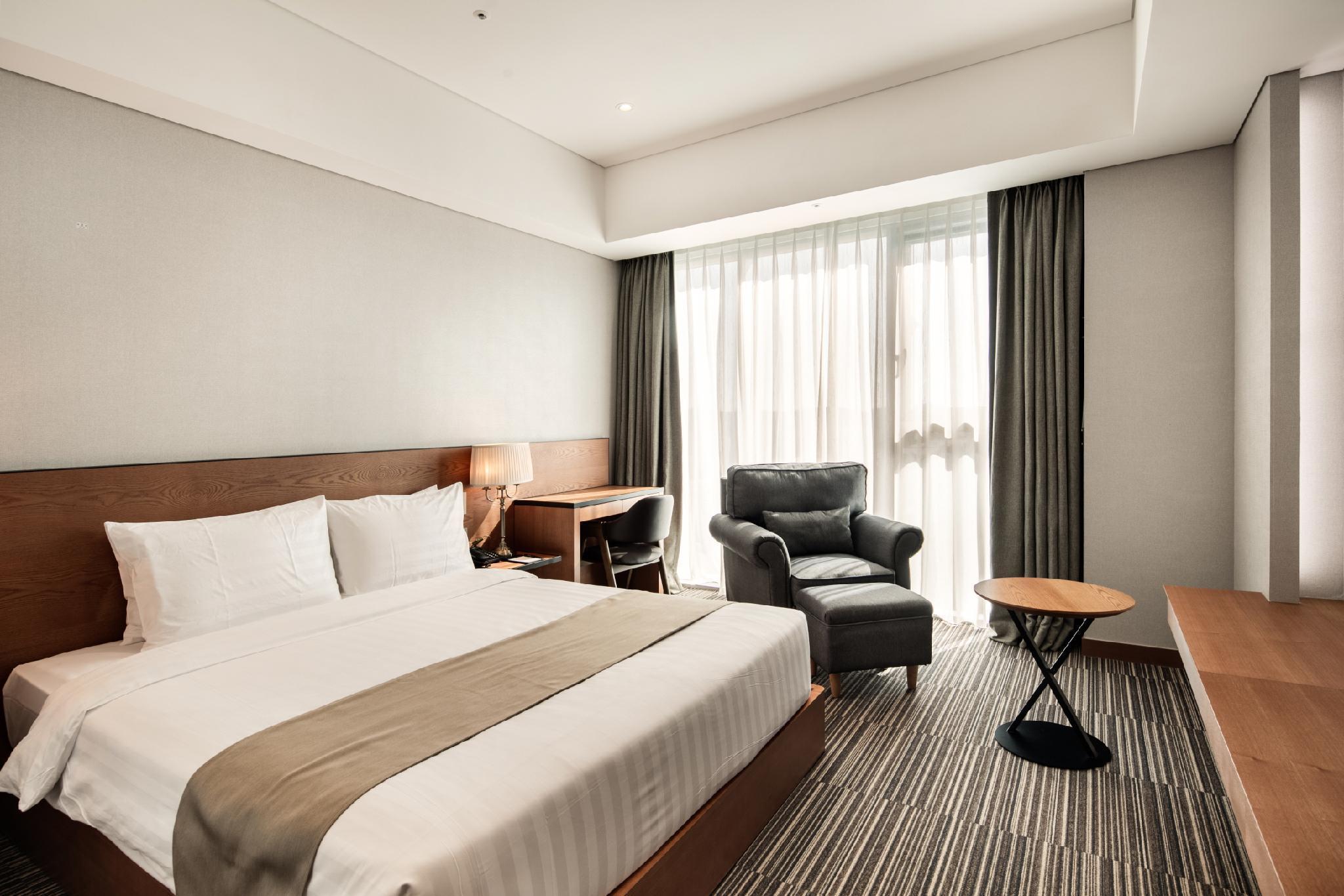 Book Golden Tulip Incheon Airport Hotel South Korea 2019