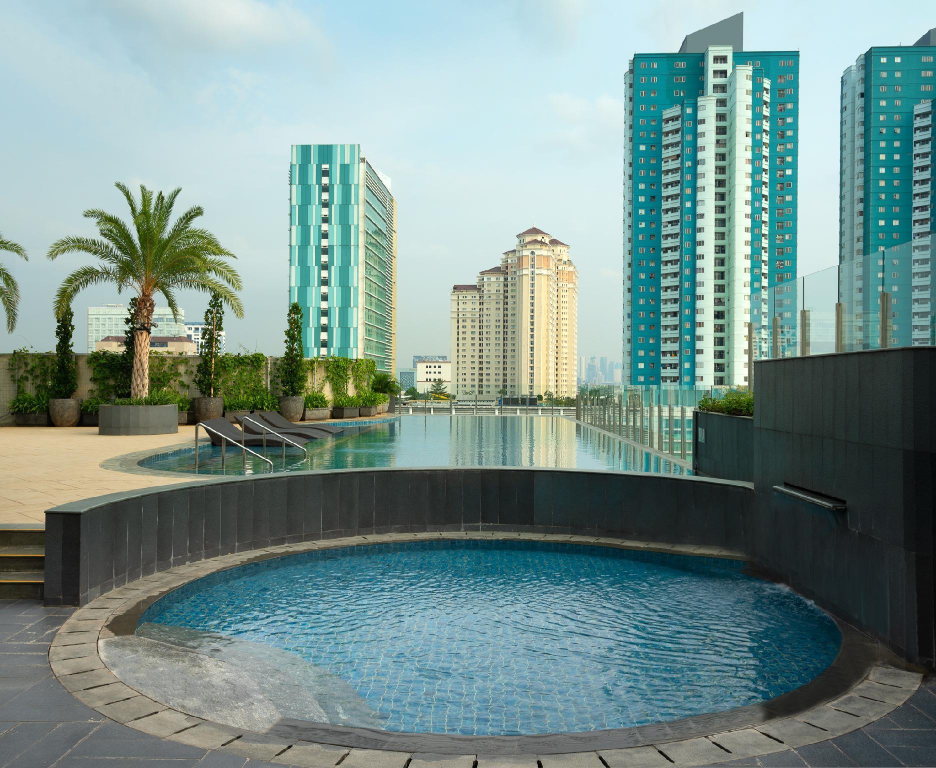 Holiday Inn Suites Jakarta Gajah Mada Indonesia Mulai