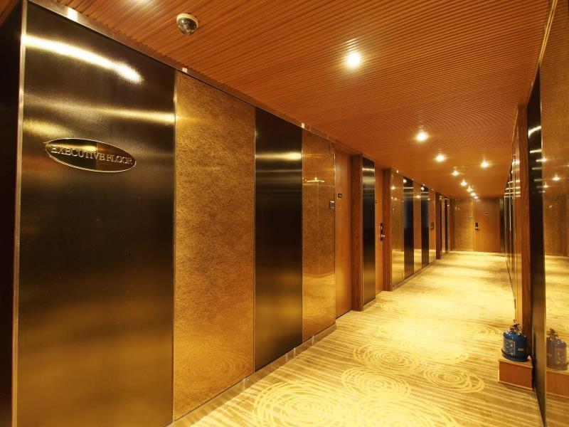澳門新麗華酒店 (Sintra Hotel) - Agoda 提供行程前一刻網上即時優惠價格訂房服務