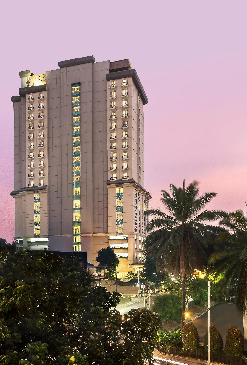NEW GARDEN HOTEL, Bogor — Jl. DR. Sumeru No.122, Menteng...