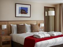 Clayton Crown Hotel In London - Room Deals &