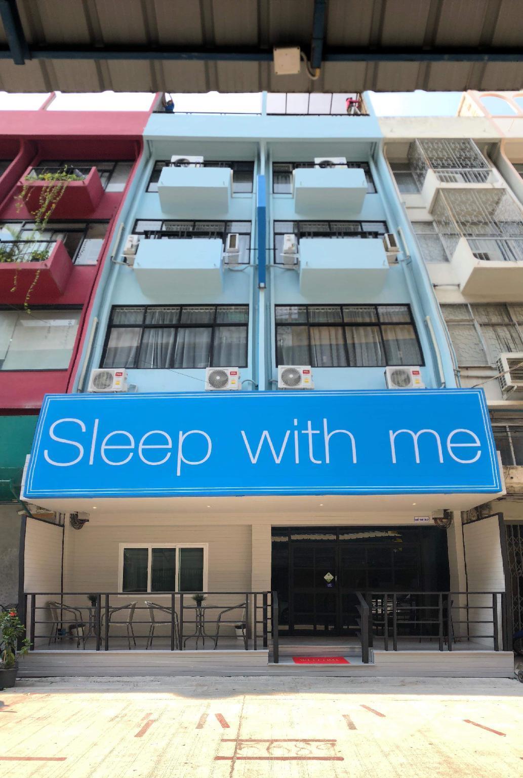 Sleep With Me Bangkok Bts Phra Khanong From 12 Room