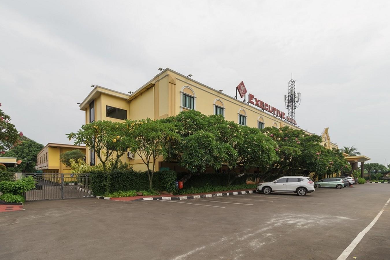 Reddoorz Plus Near Dunia Fantasi Ancol In Jakarta Room
