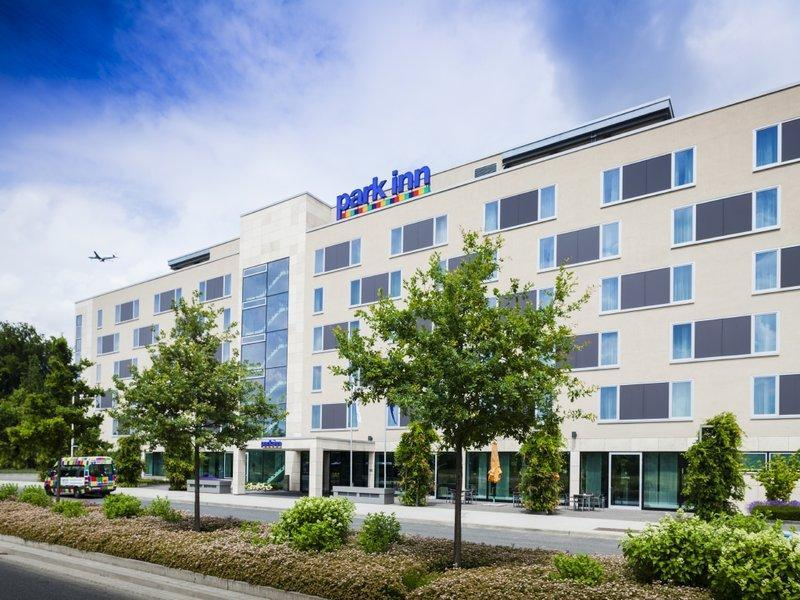 Park Inn By Radisson Frankfurt Airport Hotel In Frankfurt Am