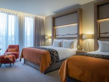 Clayton Hotel Chiswick In London - Room Deals