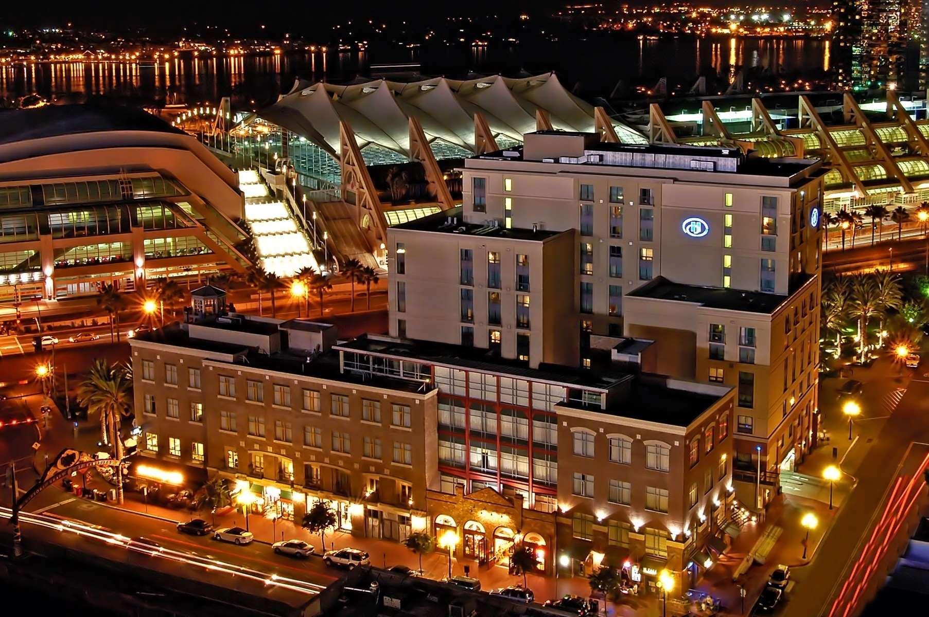 hilton san diego gaslamp quarter hotel
