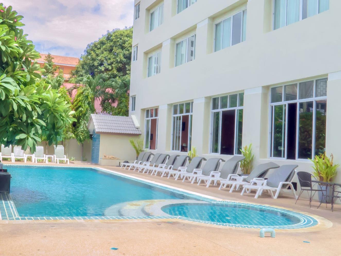 Crown Pattaya Beach Hotel Thailand Jaminan Harga Terbaik