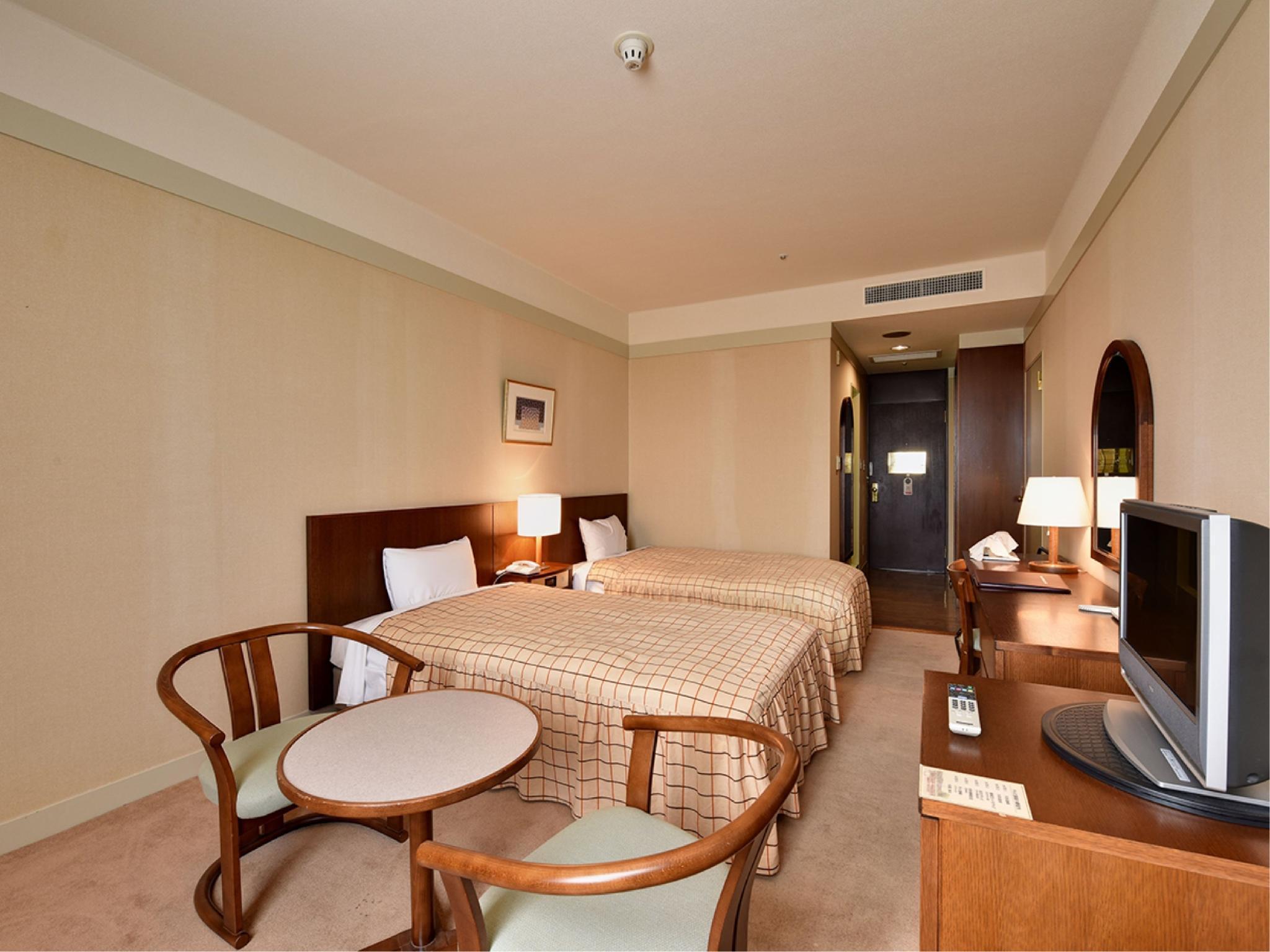 Yugashima Golf Club Hotel Toen Izu Japanican Com
