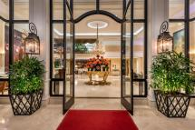 Beverly Hills Plaza Hotel And Spa In Los