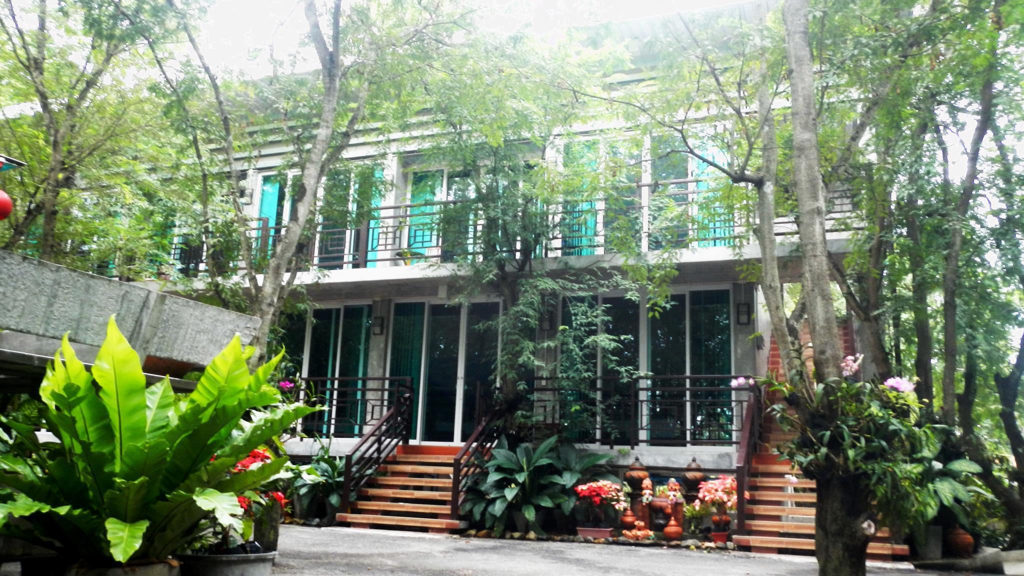 Loei Huen Hao Hug Home Resort In Thailand Room Deals