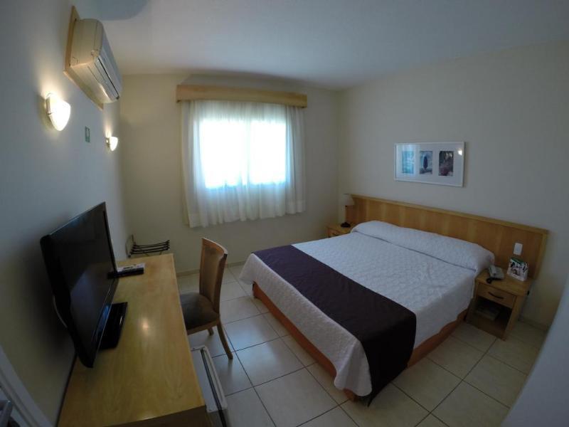 Harbor Self Graciosa Hotel In Quatro Barras Room Deals