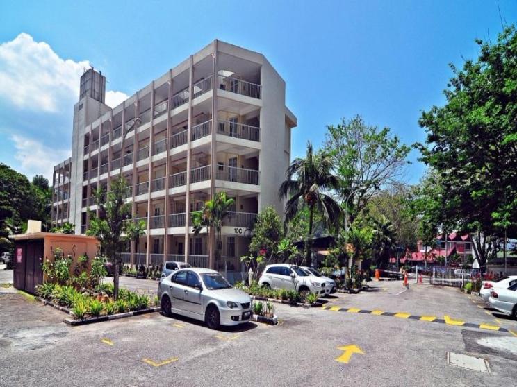 Bayu Emas Apartment Batu Ferringhi Seaside