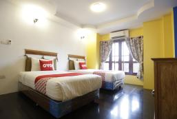 OYO 672 黃色提克酒店 OYO 672 Yellow Tique Hotel