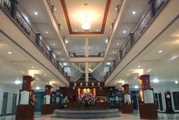 薩克通大酒店 Sakthong Grand Hotel