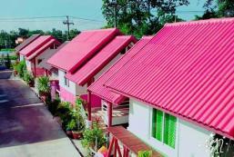 拉克哈納瓦迪度假村 Luckhanavadee Resort