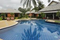 卡儂日出海灘度假村 Khanom Sunrise Beach Hotel