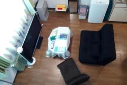 Cozy Room/5min from Subway and Airport Bus Cozy Room/5min from Subway and Airport Bus