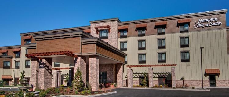 Hampton Inn and Suites Astoria