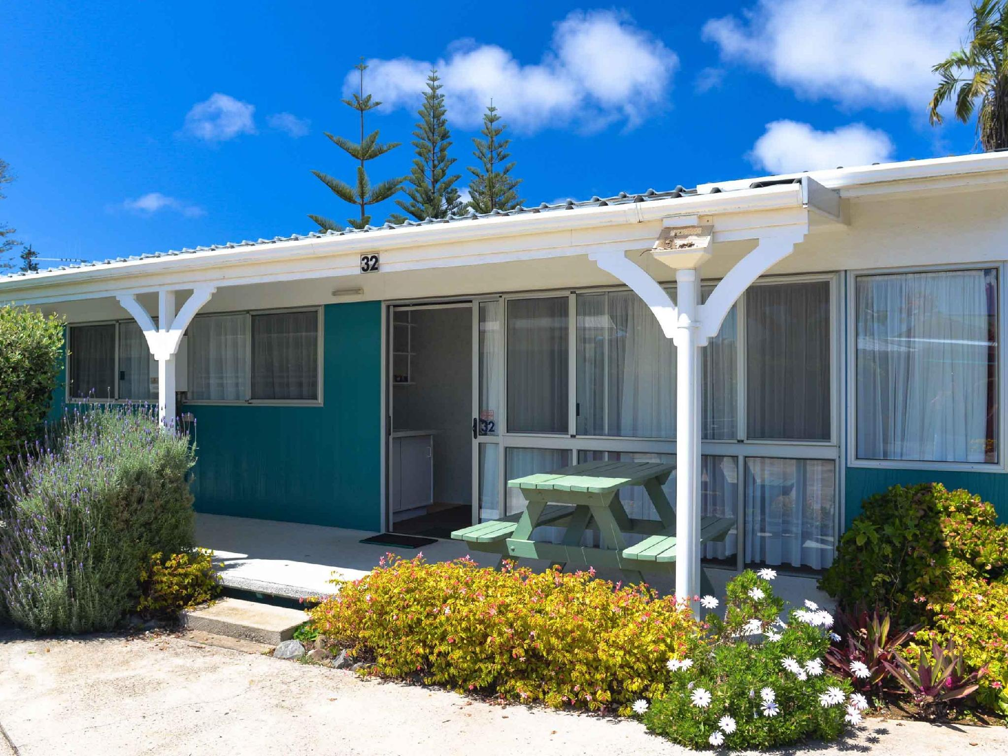 Burnt Pine Hotels Norfolk Island Norfolk Island Hotels