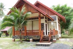 瓦塔納度假村 Wattana Resort
