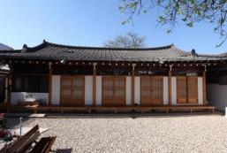 德滿齋韓屋旅館 Dukmanjae Hanok Guesthouse