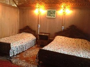 Majestic Houseboat Hotels Book Now